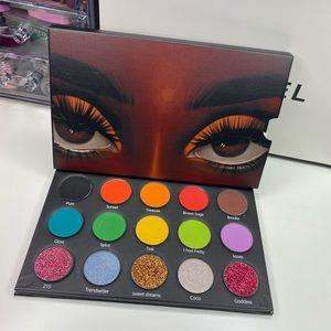 INDIE BRAND MAKEUP Eyeshadow Palette